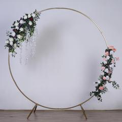 Round Gold Arch (decorations are for display only)
